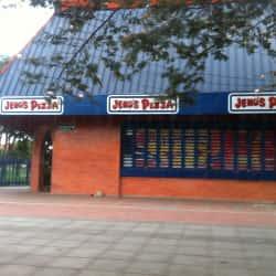 Jeno's Pizza Carrera 19 en Bogotá