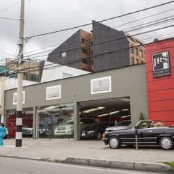 JRS Solórzano Automóviles Vitrina 2 en Bogotá