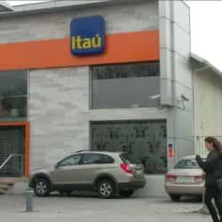 Banco Itaú- Lo Castillo en Santiago