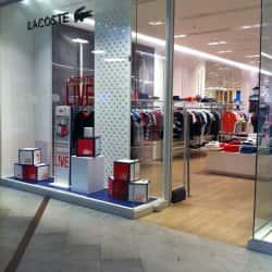 Lacoste - Mall Parque Arauco en Santiago