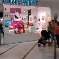 Nine West - Mall Parque Arauco  en Santiago