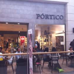 Pórtico - Mall Parque Arauco en Santiago