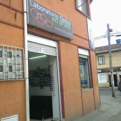Laboratorio Óptico Art Of Lens en Bogotá