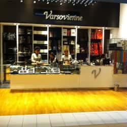 Varsovienne - Mall Costanera Center en Santiago