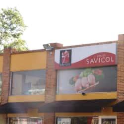 Pollos Savicol Carrera 10 con 1A en Bogotá