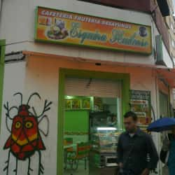 Cafetería Frutería Esquina Huilense en Bogotá