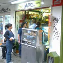 Salsamentaria y Tienda La 8 en Bogotá
