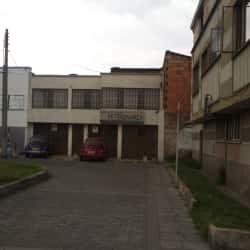 Huellas y Garras Veterinaria en Bogotá