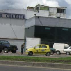 Auto Celeste en Bogotá