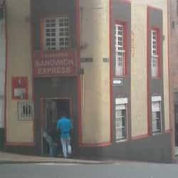 Cigarrería Sándwich Express  en Bogotá