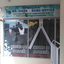 M.R Clean Plaza 80  en Bogotá