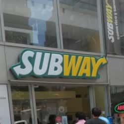 Subway - Ricardo Lyon en Santiago