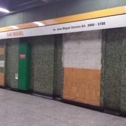 Estación Metro San Miguel en Santiago