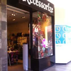 Accessorize- Portal La Dehesa en Santiago
