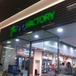 PC Factory - Mall Costanera Center en Santiago