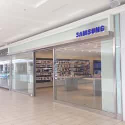 Samsung Store - Mall Plaza Egaña en Santiago