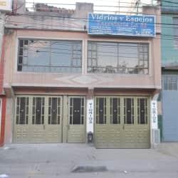 Vidrios Y Espejos Ferretería La 83 en Bogotá