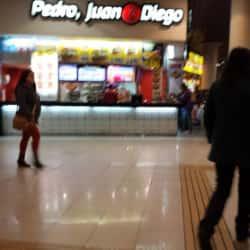 Pedro, Juan y Diego - Intermodal La Cisterna en Santiago