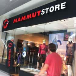 Mammut Store - Costanera Center en Santiago
