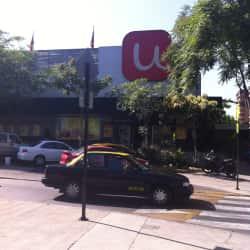 Supermercado Unimarc - Av. Apoquindo en Santiago