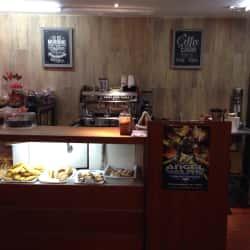 Peregrinos Cafe & Souvenirs en Bogotá
