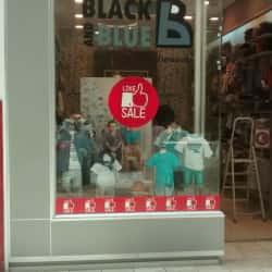 Black and Blue - Mall Plaza Vespucio en Santiago