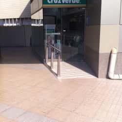 Farmacias Cruz Verde - Clínica Las Condes en Santiago