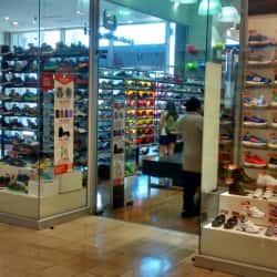 Patuelli Sport - Mall Plaza Vespucio en Santiago
