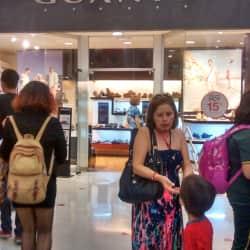 Guante - Mall del Centro en Santiago