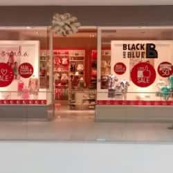 Black And Blue - Mall Plaza Egaña en Santiago