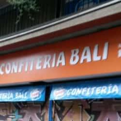 Bali - Lord Cochrane en Santiago