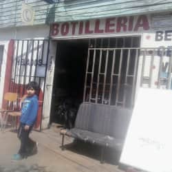 Botillería - Santa Teresita / Dr. Vargas Salcedo en Santiago