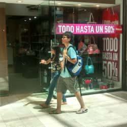 Sei - Mall Plaza Vespucio en Santiago