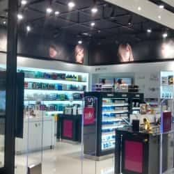 Sally Beauty - Mall Alto Las Condes en Santiago