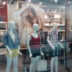 Ellus - Mall Alto Las Condes en Santiago
