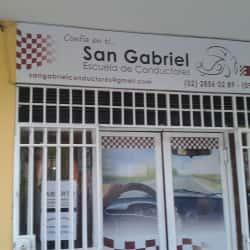 Escuela De Conductores San Gabriel en Santiago