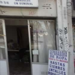 Entre Hilos y Tijeras en Santiago