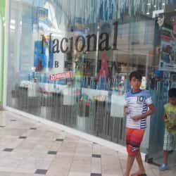 Librería Nacional - Mall Plaza Vespucio en Santiago