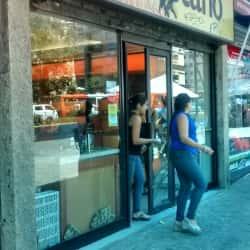 Castaño - Providencia / Holanda en Santiago
