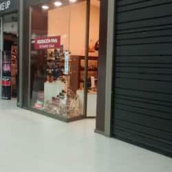Naturalizer - Mall Plaza Norte en Santiago