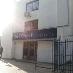 Wall Street Institute - Guardia Vieja en Santiago