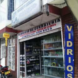 Ccm Vidrios Y Aluminios S.A.S en Bogotá