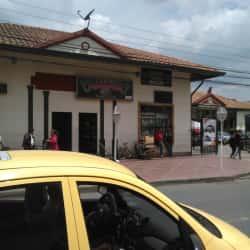 Casino Paradise Clubs Mosquera en Bogotá