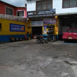 Lubricantes y Lujos la 7 Gt en Bogotá