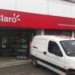 Claro - Mall Plaza Oeste en Santiago