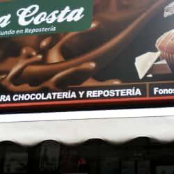 Casa Costa - Local 2 en Santiago