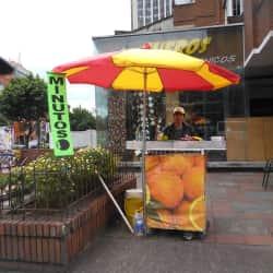 Puesto Ambulante Jugo de Naranja Alvaro Ortega en Bogotá