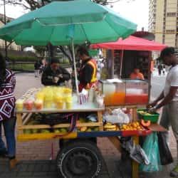 Puesto Ambulante de Mango Biche Jonier Ortiz en Bogotá