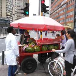 Puesto Ambulante de Patilla Ivan Zapata en Bogotá