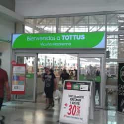 Supermercado Tottus - Vicuña Mackenna en Santiago